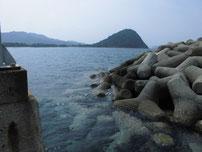 萩商港 沖波止の写真