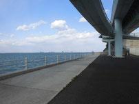 北九州空港連絡橋下 護岸の写真