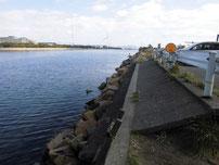 若松運河 響大橋 手前側の写真