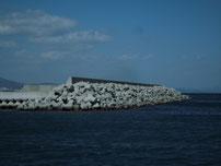 沓尾長井漁港 外側の写真