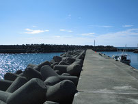 二見漁港 内波止 の写真