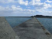 苅田赤灯台 分岐箇所 手前 の写真