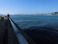 関門橋下の写真3