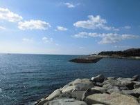尻川海水浴場 沖波止の写真