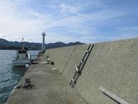 掛淵漁港 波止の写真