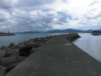 黄波戸漁港 内波止 右側の写真