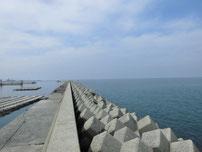 宇島漁港 外波止の写真