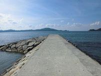 さわやか海岸 中央の波止 の写真