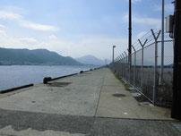 岬之町側岸壁の写真