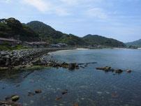 木与の波止 左側海岸の写真