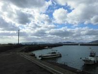 大喜漁港 左側の波止 の写真