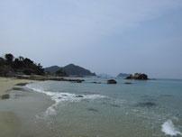 橋本川河口 左岸の砂浜の写真