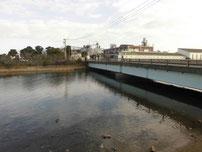 境川河口 河口側の橋 の写真