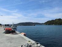 久津漁港 外波止横岸壁の写真