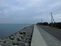 吉富漁港 大波止・道路沿いの写真