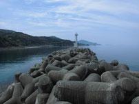 宇田港 外波止 先端付近の写真