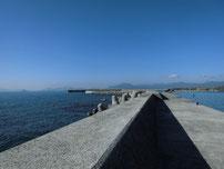 埴生漁港 外波止の写真