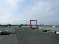 宇島漁港 漁港内の写真