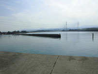 豊前発電所周辺 八尾漁港の写真