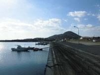 阿知須漁港 内側の写真