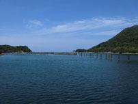 江崎漁港 湾内出口の写真