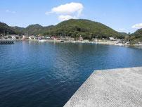 大日比漁港 外大波止 曲がり角 の写真