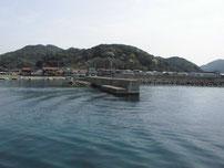 三見漁港 中波止の写真