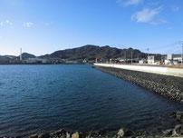 長府扇町岸壁 石積みの写真