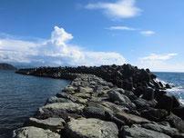二見漁港 外波止の写真
