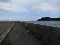 九電裏10号岸壁 沖向きの護岸の写真2