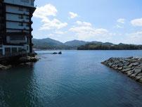 越ケ浜漁港 萩小町横波止 の写真