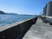壇ノ浦漁港 外波止の写真
