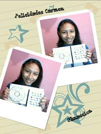 Ganadora Posa con su CD de EXO