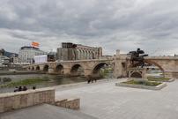 Steinbrücke am Vardar in Skopje