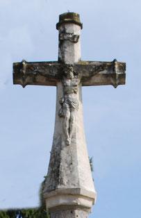La croix de la Chaussée-Tirancourt