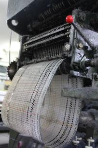 織機を動かす設計紙(ドビー)