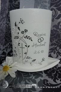 Hochzeitskerze Brautkleid schlicht