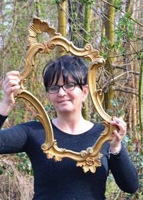 Sandra,  Künstlerin, Wellnesstherapeuthin