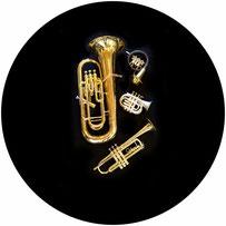 Im Musikhaus Schmid in Neubrunn erhalten Sie gut erhaltenen gebrauchte Instrumente zu sehr günstigen Preisen.