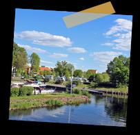 Der Stadthafen Oranienburg liegt direkt neben dem Schloss und dem Schlosspark.