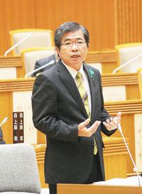 高嶺善伸氏が一般質問を行った=2日午前、県議会