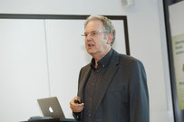 Herr Prof. Dr. Heinrich Geissler