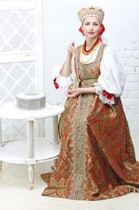 Дочь Ольги Морозовой Анна в свадебном платье фирмы «Принцесса Анна»