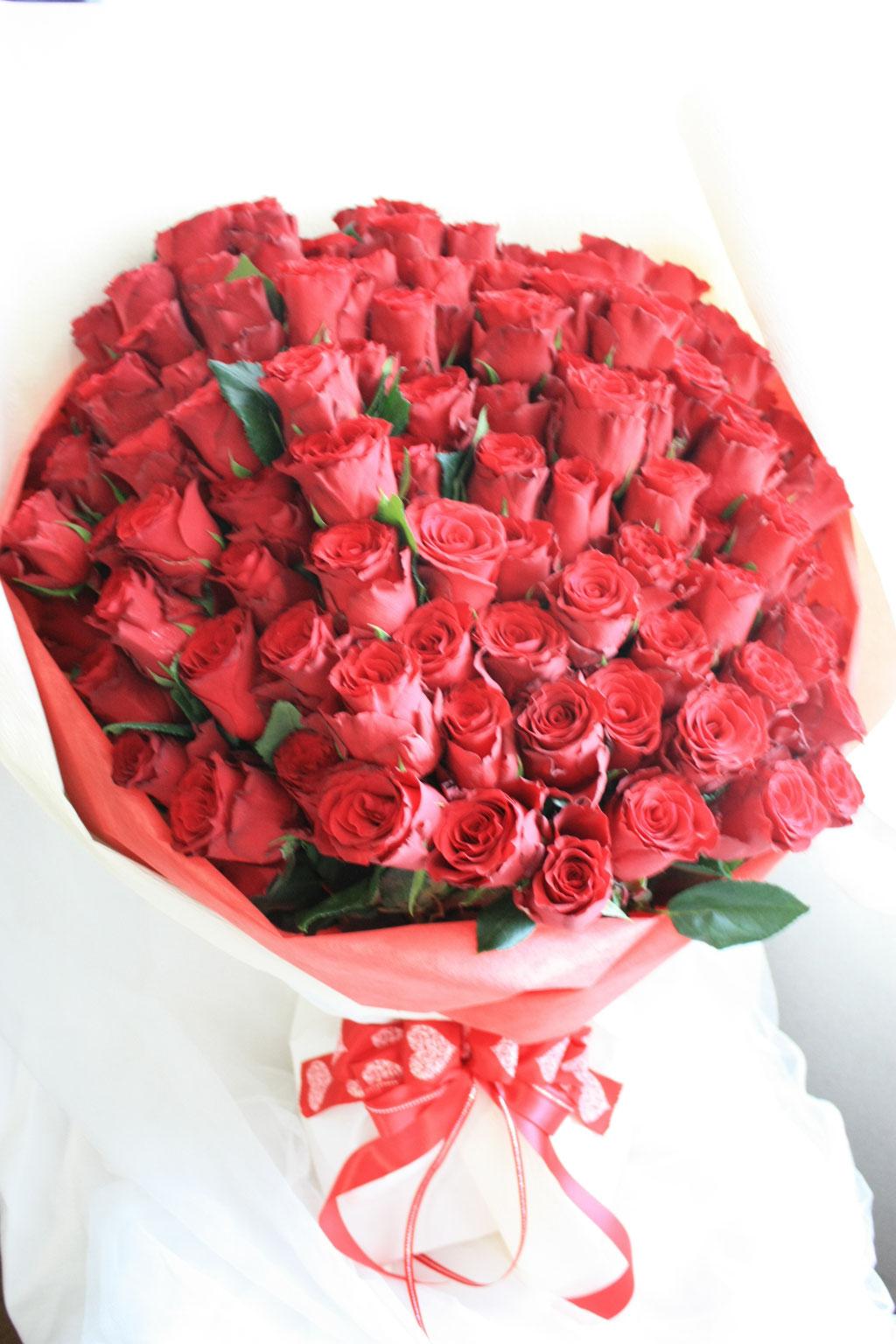 108本 薔薇 花束 赤薔薇 プロポーズ ディズニー 花屋 舞浜 浦安 配達無料
