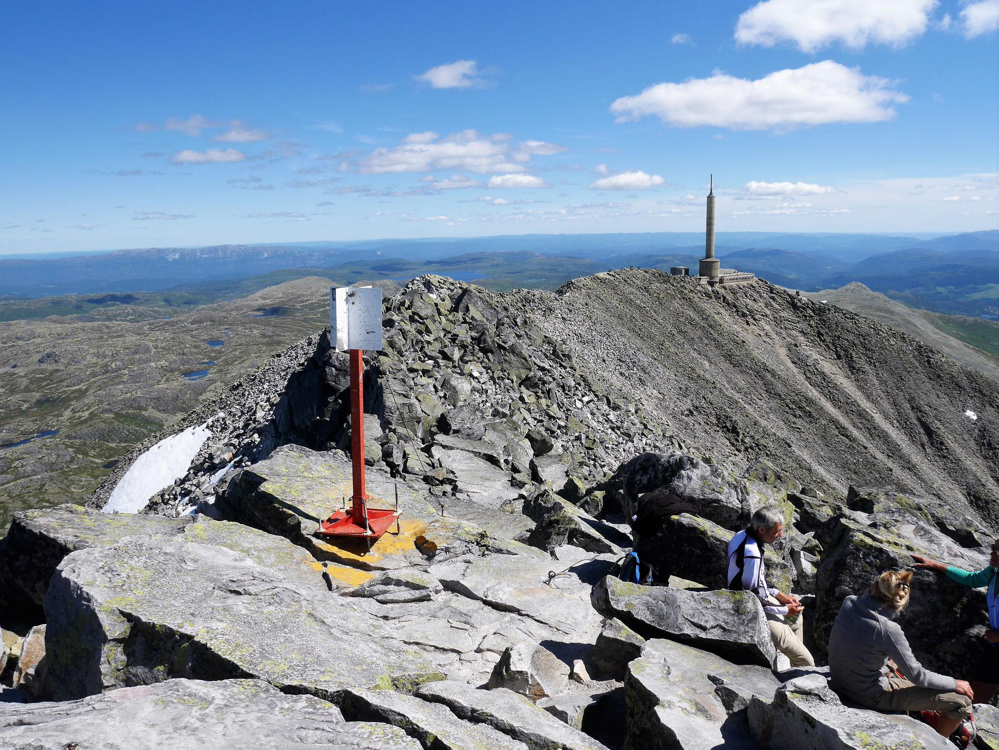 Gipfel mit Gipfelgrat