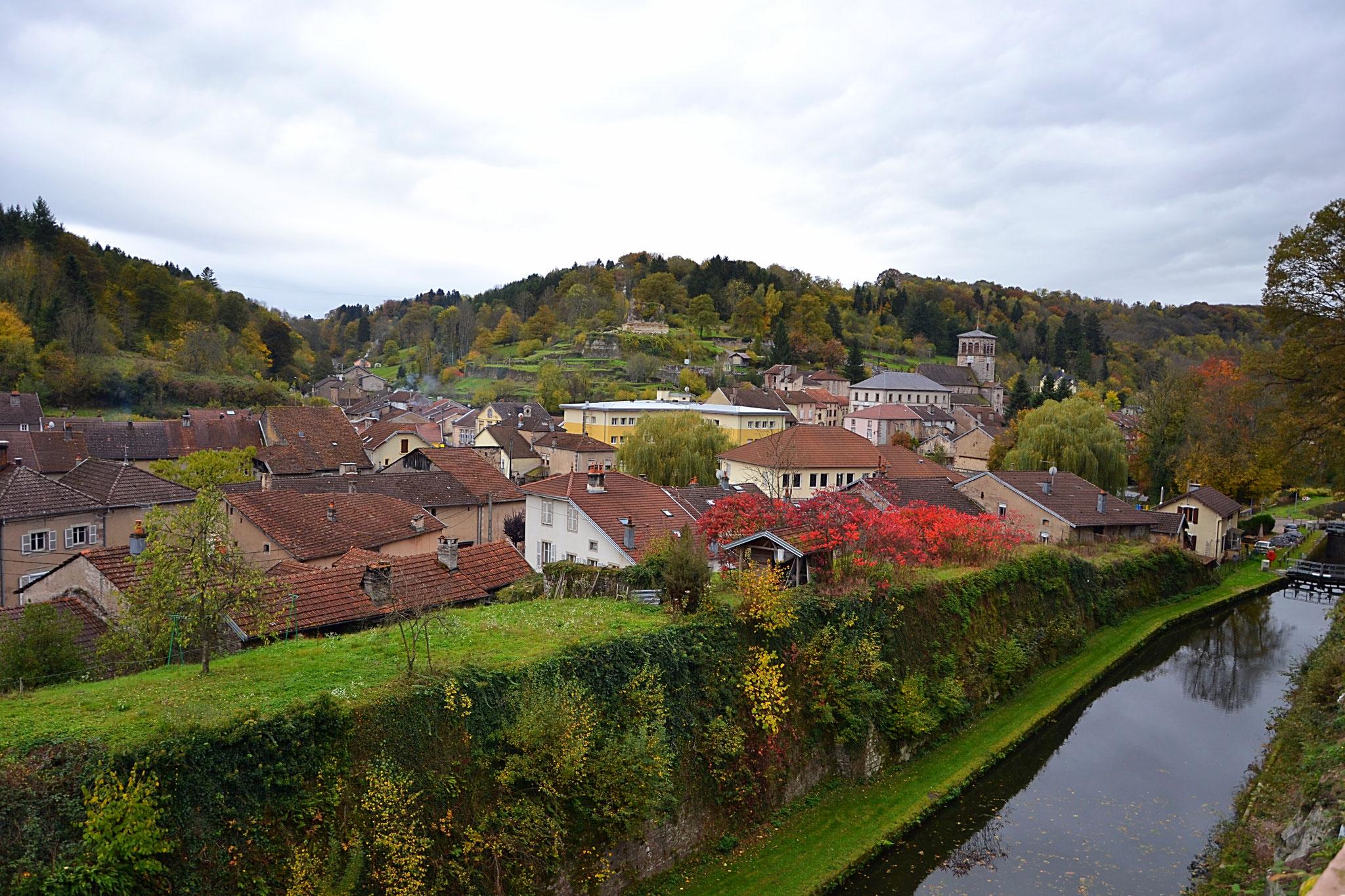 Vue sur Fontenoy-le-Château