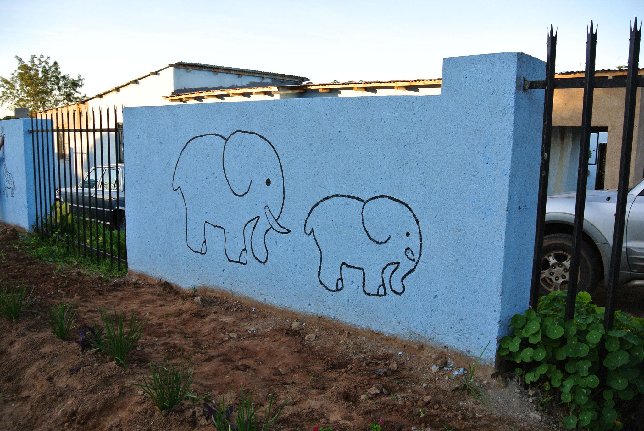 Mauer verzieren