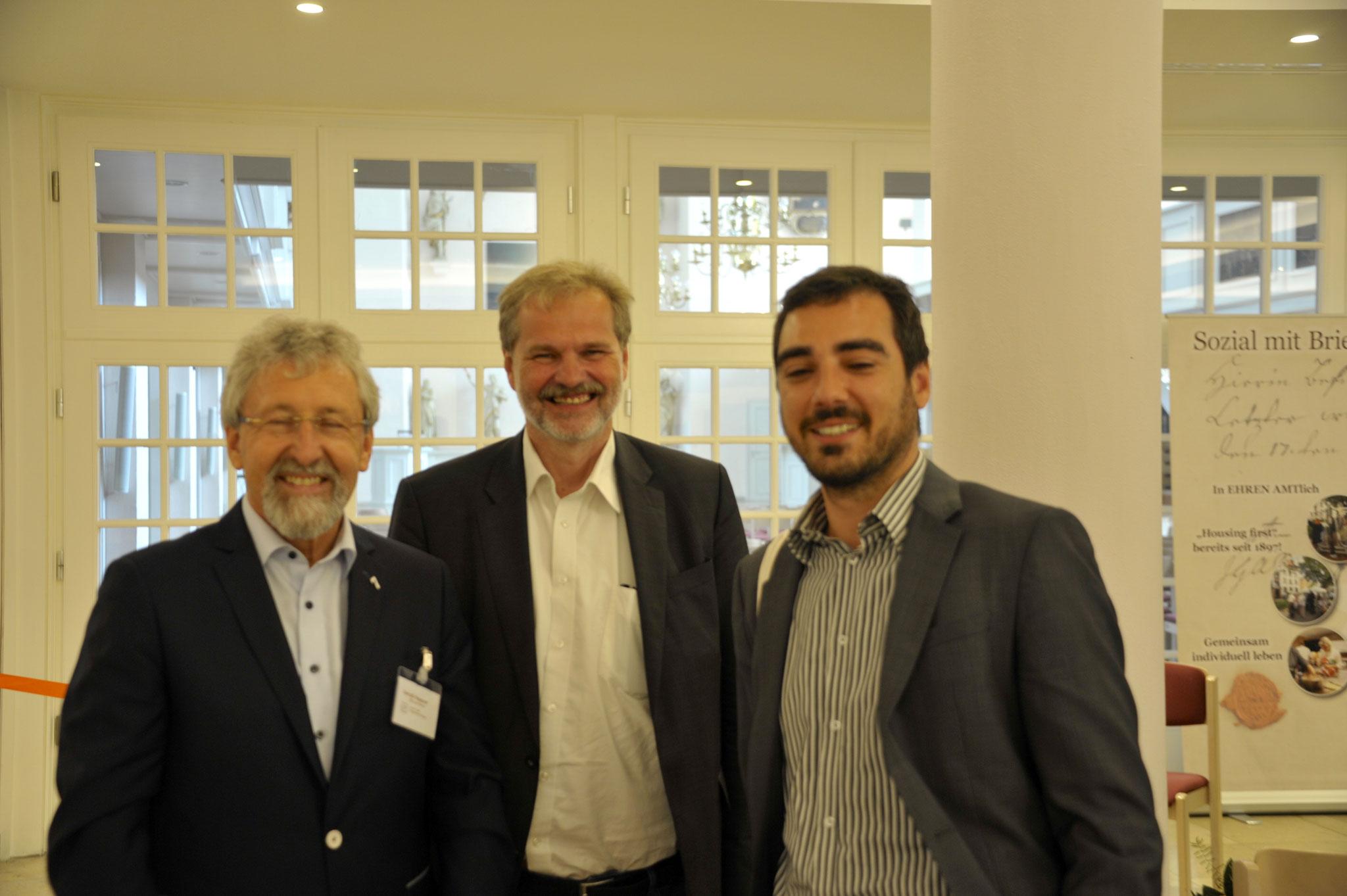Nachfolgender Stiftungsvorsteher Gerold Heppner, Andreas Sonnenberg, Werkheim eV, Arian Zielinski, Verwaltungschef der Caritas