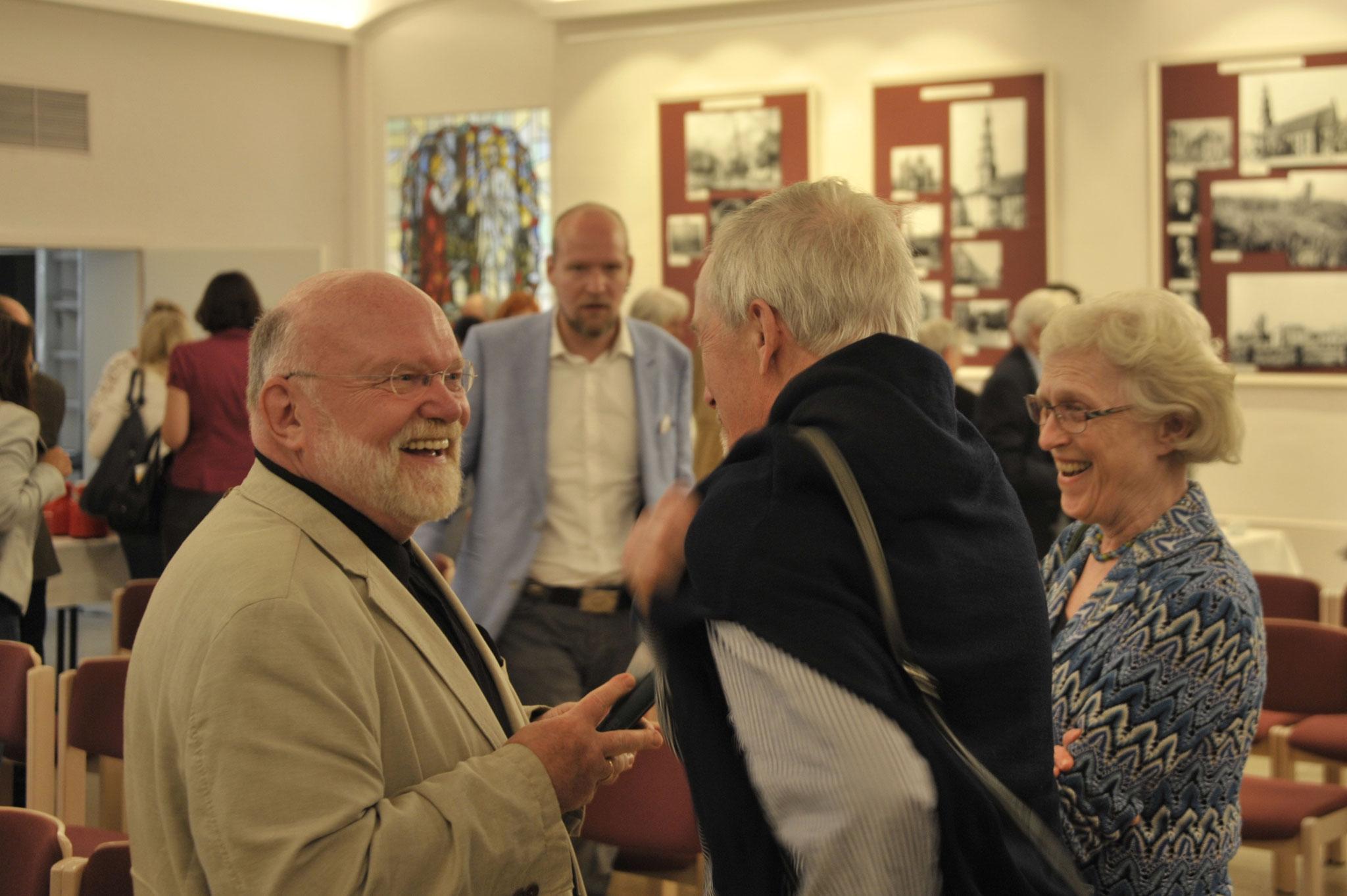 Reinhold Fahlbusch im Gespräch mit Dr.Ursula und Claus Lange