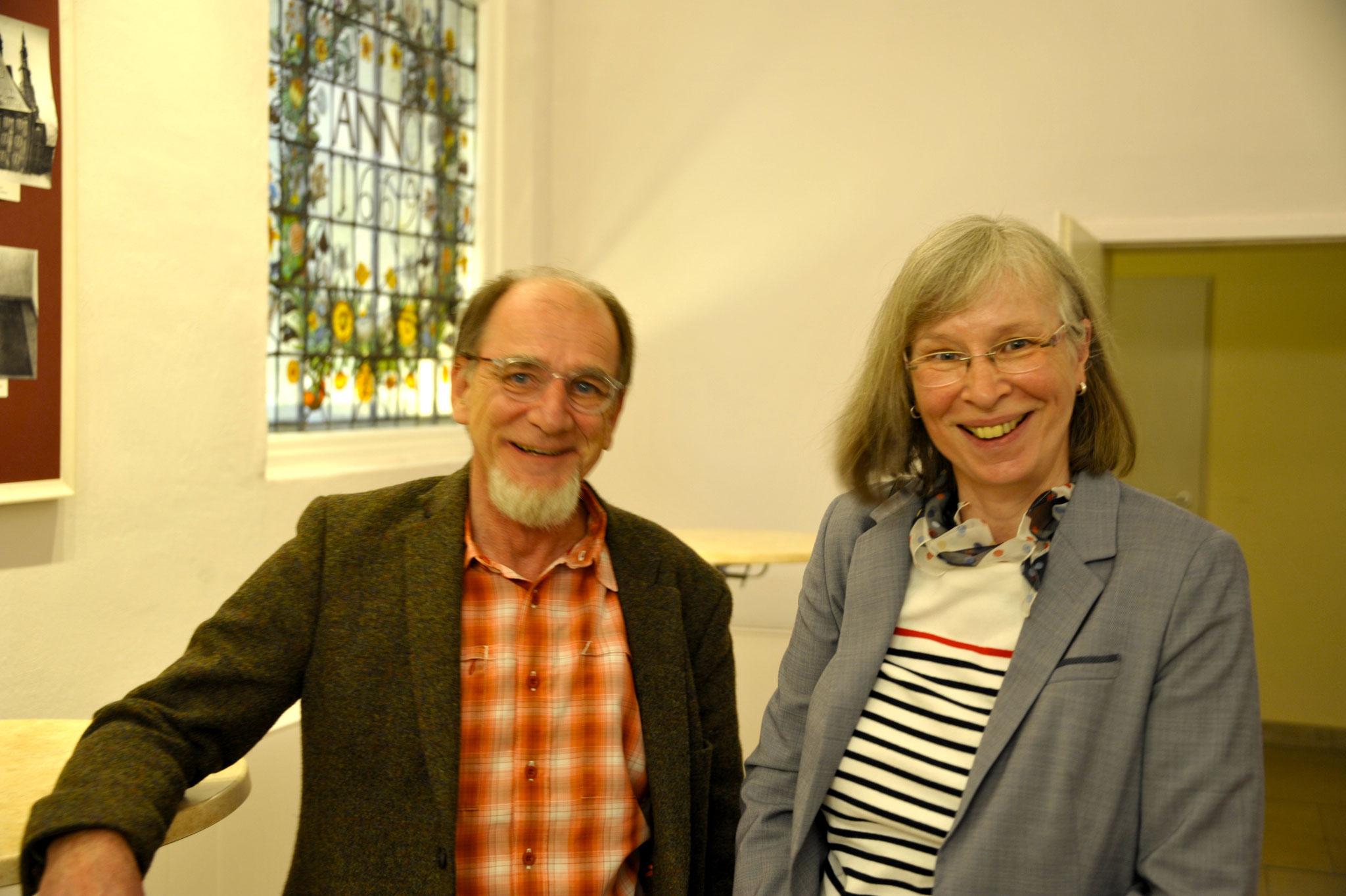 Waltraut Arndt und Bernhard Willeke von der Neue Arbeit Hannover